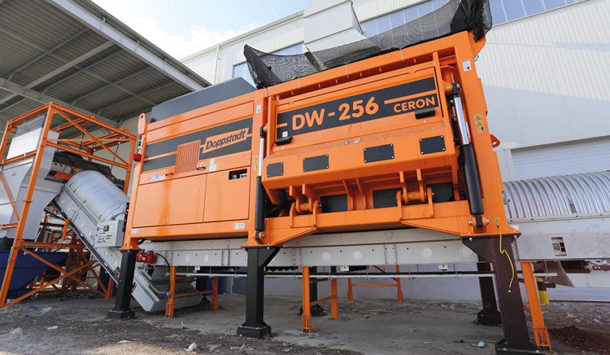 Jego wysokość Doppstadt DW 256 CERON w zakładzie Eko-Region w Gotartowie