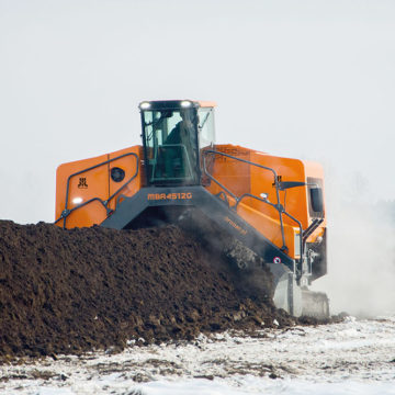 Kolejna nowość w ofercie PRONAR: przerzucarka kompostu MBA 4512g