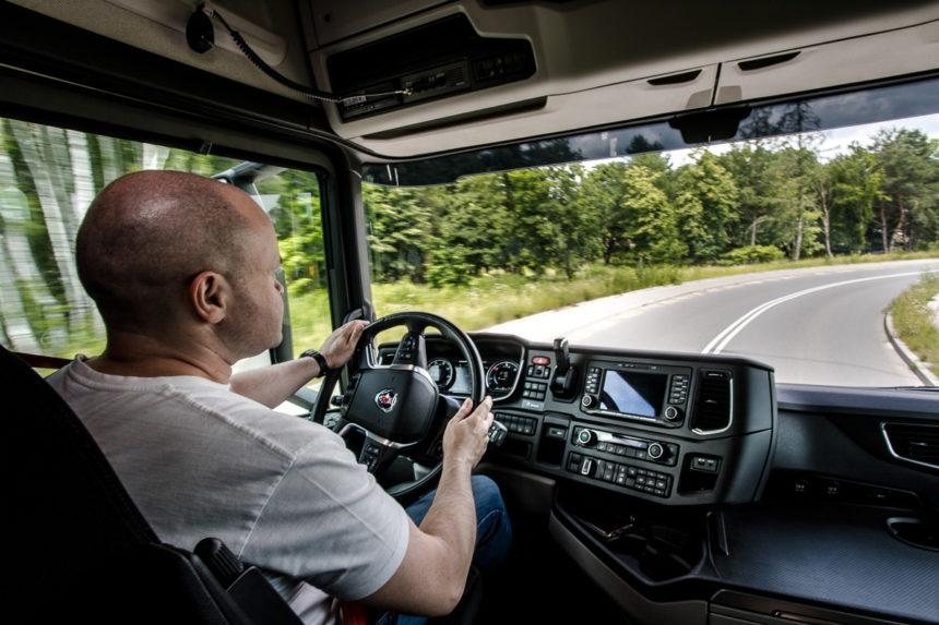 Szkolenia kierowców Scania dostępne w formie online