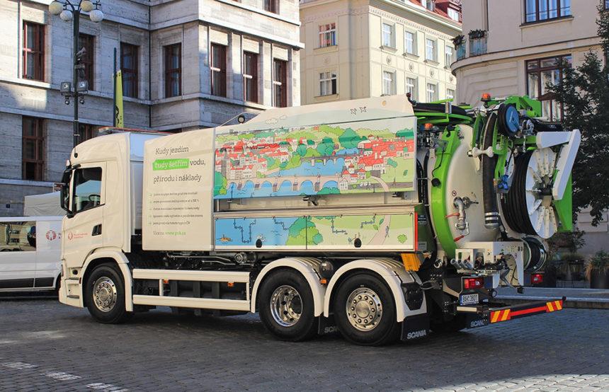 Pierwszy samochód ciśnieniowy Kaiser ECO napędzany bioCNG w czeskiej Pradze!